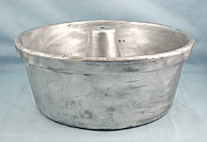 Wear-ever, Cast Aluminum, Angel Food/bundt Cake Pan