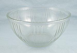 7-Inch Paneled Mixing Bowl- Ribbed (Image1)