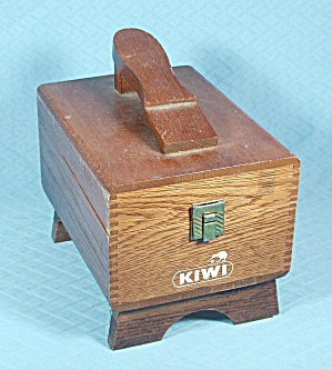 Kiwi - Beveled Shoe Shine Box, Foot Form