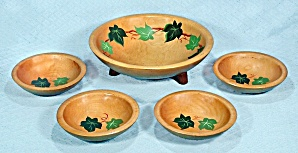 Munsing, Maple Salad Bowl Set, Footed, Hand Painted Ivy (Image1)