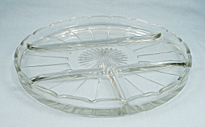 Four-Part Divided Round Relish, 9-1/4 Inch,	Indiana Glass (Image1)