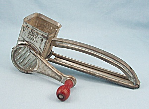Mouli Grater - Made In France - Red Wood Handle	 (Image1)