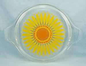 Pyrex 475 C -  Sunflower/ Daisy, Orange, Yellow Lid (Image1)