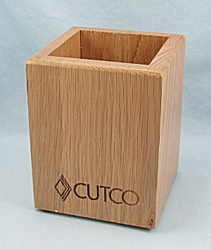 Cutco - Wooden Oak Cube, Utensil Holder (Image1)