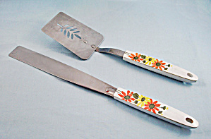 Ekco - Icing Spreader & Spatula - Orange & Yellow Daises - Decorated Handle