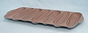 Nordic Ware No. 217 – Cornbread/ Muffin Pan (Image1)