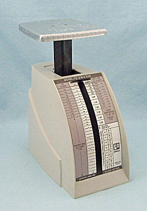 1988 Model P-2 Postal Scale, 2 Pound - Pelouze, Evanston, IL. (Image1)