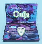 Click to view larger image of Ouija Board Game, Glows in the Dark, Parker Brothers, 1998 (Image4)