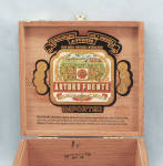 Click to view larger image of Arturo Fuente – Wooden Cigar Box (Image6)