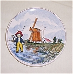 Click here to enlarge image and see more about item TE0441: Figural - Delft - Plate