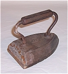 Click here to enlarge image and see more about item TE0513: Cast Iron � Sad Iron � No. 6