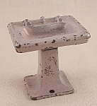 Kilgore, Cast Iron, Dollhouse Furniture, Mauve Bathroom Sink, Lavatory Stand � No. T-28