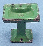 Click to view larger image of Kilgore, Cast Iron, Dollhouse Furniture, Green Bathroom Sink / Lavatory Stand (Image1)