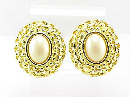 Costume Jewelry - Ginnie Johansen Gold Tone Faux Pearl Clip Earrings
