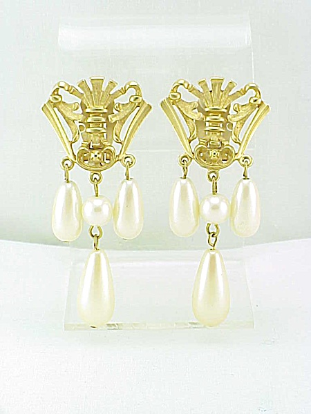 AVON MATTE GOLD CLIP EARRINGS WITH DANGLING FAUX PEARLS (Image1)