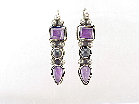 CARSI TAXCO MEXICO STERLING SILVER,  AMETHYST AND ONYX PIERCED EARRINGS (Image1)