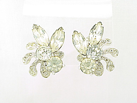 COSTUME JEWELRY - VINTAGE EISENBERG ICE CLEAR RHINESTONE CLIP EARRINGS (Image1)