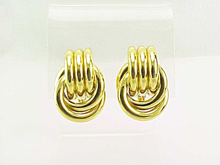 COSTUME JEWELRY - GOLD TONE LOVE KNOT CLIP EARRINGS SIGNED TRIFARI (Image1)