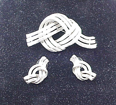 Brushed Silver Tone Love Knot Brooch And Pierced Earrings Set