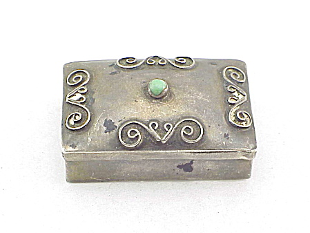 VINTAGE MEXICAN STERLING SILVER & GREEN ONYX PILL BOX SIGNED ZEVAHC MEXICO (Image1)