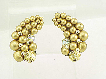 VINTAGE JEWELRY - JAPAN GOLD FAUX PEARL & AURORA BOREALIS BEAD CLIP EARRINGS (Image1)
