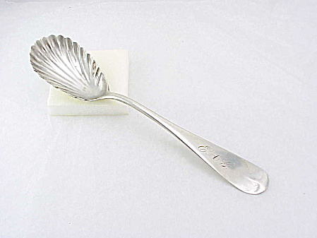 ANTIQUE COIN SILVER SUGAR SHELL SPOON SIGNED A. P. HENDRICK (Image1)