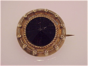 ANTIQUE VICTORIAN OR EDWARDIAN BLACK GLASS C CLASP MOURNING BROOCH (Image1)