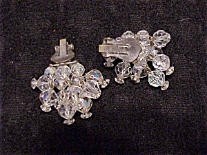 VINTAGE LAGUNA DANGLING AURORA BOREALIS FACETED GLASS CRYSTAL CLIP EARRINGS (Image1)