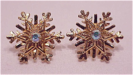 COSTUME JEWELRY - SNOWFLAKE PIERCED EARRINGS WITH AURORA BOREALIS RHINESTONES SIGNED AVON (Image1)