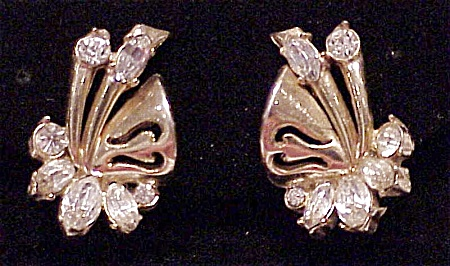 VINTAGE COSTUME JEWELRY - RHINESTONE CLIP EARRINGS SIGNED HOLLYCRAFT 1952 (Image1)