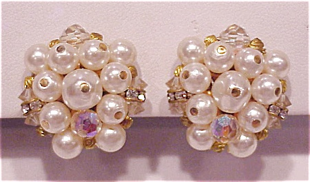 VINTAGE LAGUNA PEARL, RHINESTONE AND CRYSTAL CLIP EARRINGS (Image1)