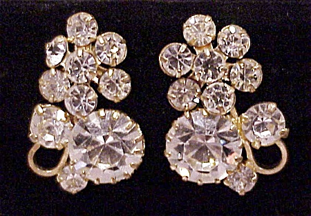 VINTAGE BRILLIANT CLEAR RHINESTONE CLIP EARRINGS (Image1)