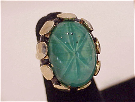 Vintage Large Green Glass Star Sapphire Ring