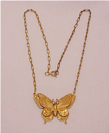 VINTAGE COSTUME JEWELRY - VINTAGE ART NOUVEAU BRASS BUTTERFLY WITH RHINESTONE EYES CHOKER NECKLACE (Image1)