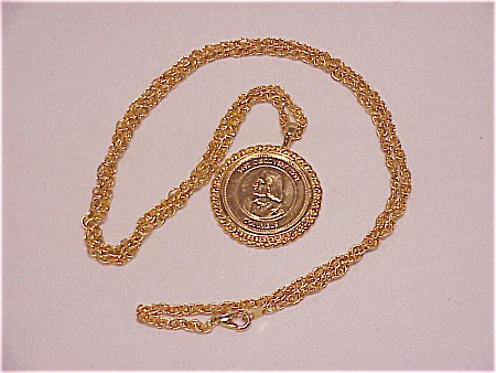 Christopher Columbus 500th Anniversary Gold Tone Medal