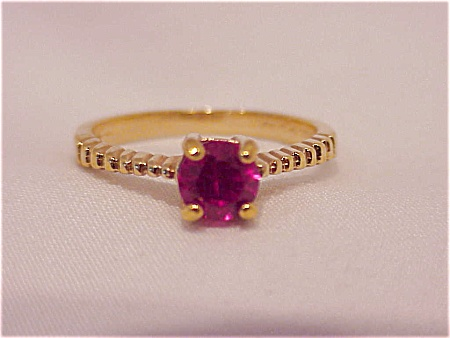 Costume Jewelry - 14kt Hge Ruby Red Rhinestone Ring - Size 10