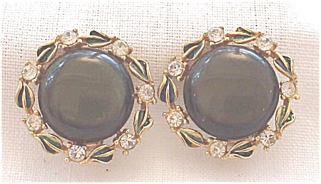 VINTAGE COSTUME JEWELRY - DARK GREEN LUCITE, ENAMEL & RHINESTONE CLIP EARRINGS (Image1)