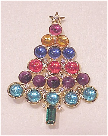 GLASS CABACHON AND RHINESTONE CHRISTMAS TREE BROOCH (Image1)
