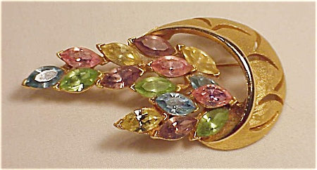 VINTAGE COSTUME JEWELRY - GOLD TONE BROOCH WITH PASTEL RHINESTONE NAVETTES (Image1)