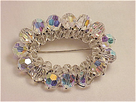VINTAGE COSTUME JEWELRY - OVAL AURORA BOREALIS CRYSTAL BROOCH - POSSIBLE UNSIGNED WEISS (Image1)