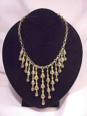 COSTUME JEWELRY - NAPIER POSSIBLE VINTAGE GOLD TONE CHOKER NECKLACE WITH DANGLING BEADS (Image1)