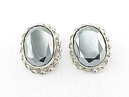 COSTUME JEWELRY - STERLING SILVER AND HEMATITE CLIP EARRINGS (Image1)