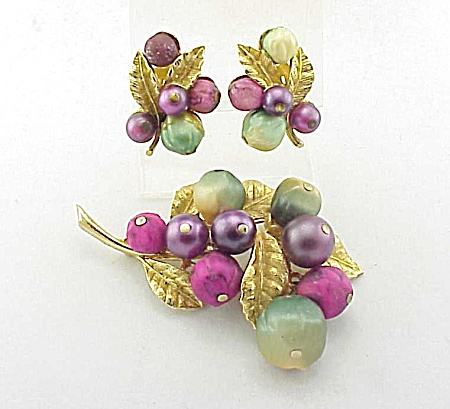 Vintage Art Pink And Purple Bead Brooch And Clip Earrings Set