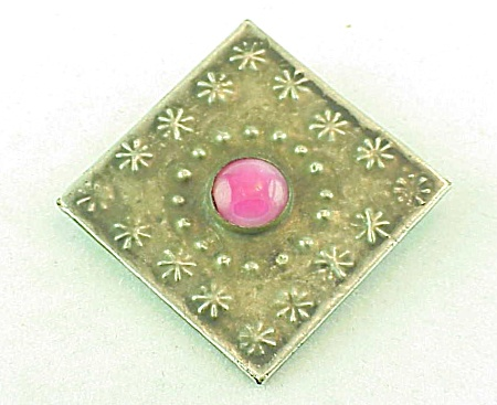 VINTAGE COSTUME JEWELRY - STERLING SILVER  C CLASP BROOCH WITH PINK STONE (Image1)