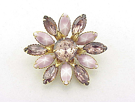 VINTAGE AMETHYST RHINESTONE AND STAR SAPPHIRE GLASS BROOCH (Image1)