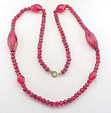 Vintage Unique Red Faceted Glass Crystal Bead Necklace
