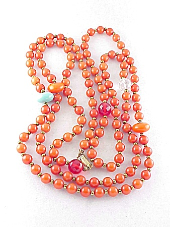 VINTAGE COSTUME JEWELRY - FLAPPER NECKLACE WITH GLASS BEADS & ORANGE LUCITE BEADS (Image1)