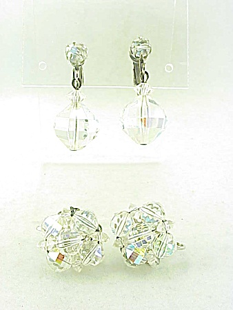 VINTAGE COSTUME JEWELRY - 2 PAIRS OF LAGUNA AURORA BOREALIS CRYSTAL CLIP EARRINGS (Image1)