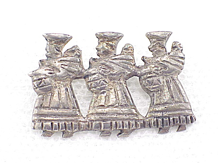 VINTAGE PERU OR MEXICO STERLING SILVER PEASANT 3 WOMEN WITH BABIES BROOCH OR PIN (Image1)