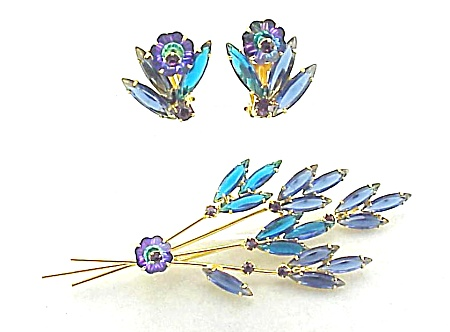 VINTAGE COSTUME JEWELRY - JULIANA RIVOLI RHINESTONE FLOWER BROOCH & EARRINGS (Image1)
